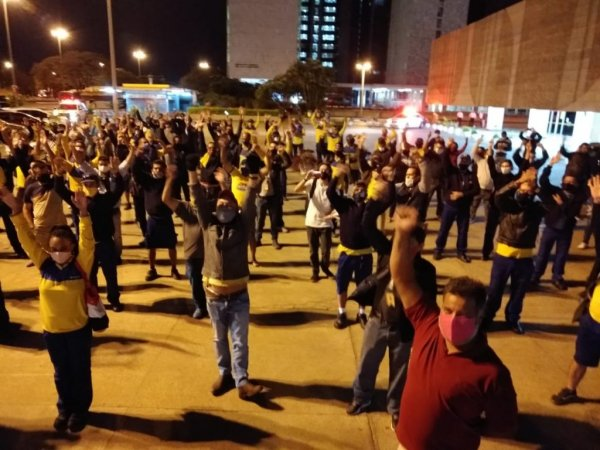 Contra a privatização e os ataques: todo apoio à greve dos Correios no DF e Entorno!