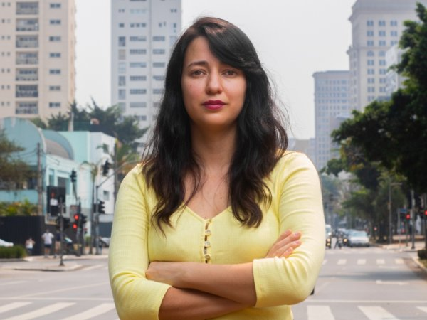"""Diana Assunção: """"Nos levantemos contra Damares Alves e sua cruzada contra as mulheres"""""""