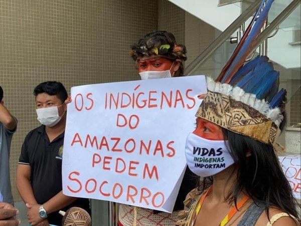 """Letícia Parks: """"A barbárie capitalista está matando sufocados negros e indígenas em Manaus"""""""