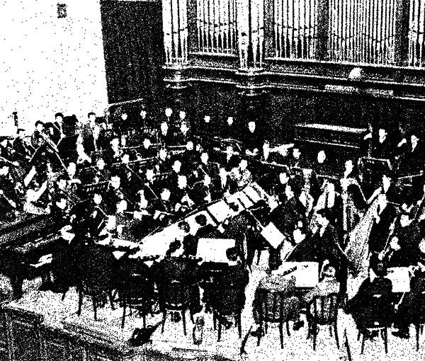 Músico brasileiro traduz e produz edição inédita de livro sobre música soviética